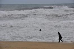 Platja de la Barceloneta...veieu el surfista?